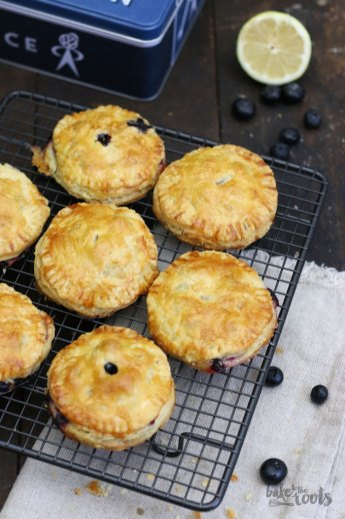 Blueberry Handpies | Bake to the roots